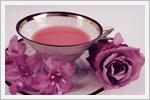 تصاویر زیبا از چیدمان گل رز و فنجان چای