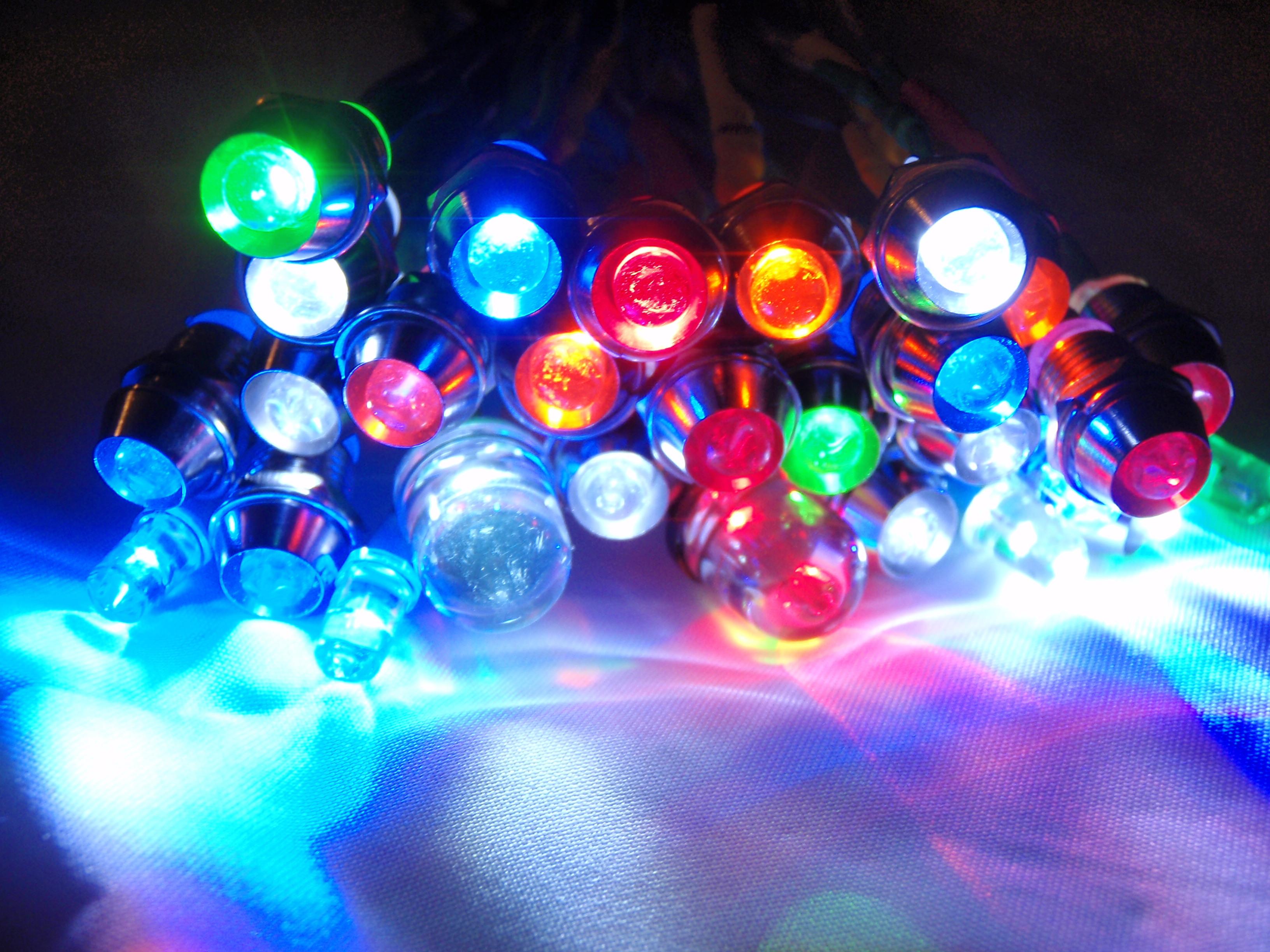 درباره لامپ های LED