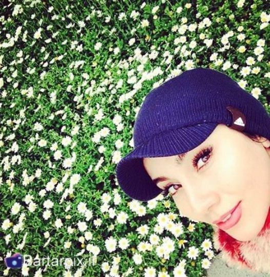 http://s6.picofile.com/file/8181219276/bartarpix_ir_5_.jpg