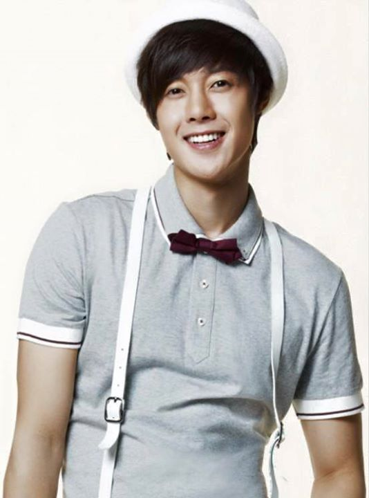 KHJ Basic House I Am David Promo Pics 2010.04.02