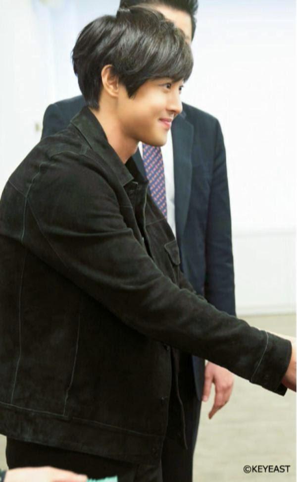 [Photo] Kim Hyun Joong - Japan Mobile Site Update [15.04.10]