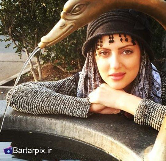 http://s6.picofile.com/file/8183660392/bartarpix_ir.jpg
