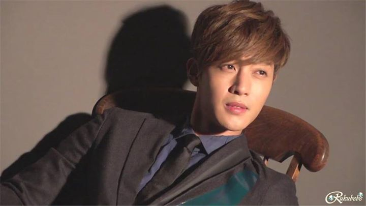 KHJ Vogue Japan 2012 Shooting by Rukubebe