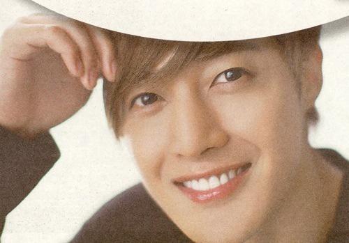 Scans From Korean Fun Vol.64 Magzine Featuring KHJ – 2012.08.08