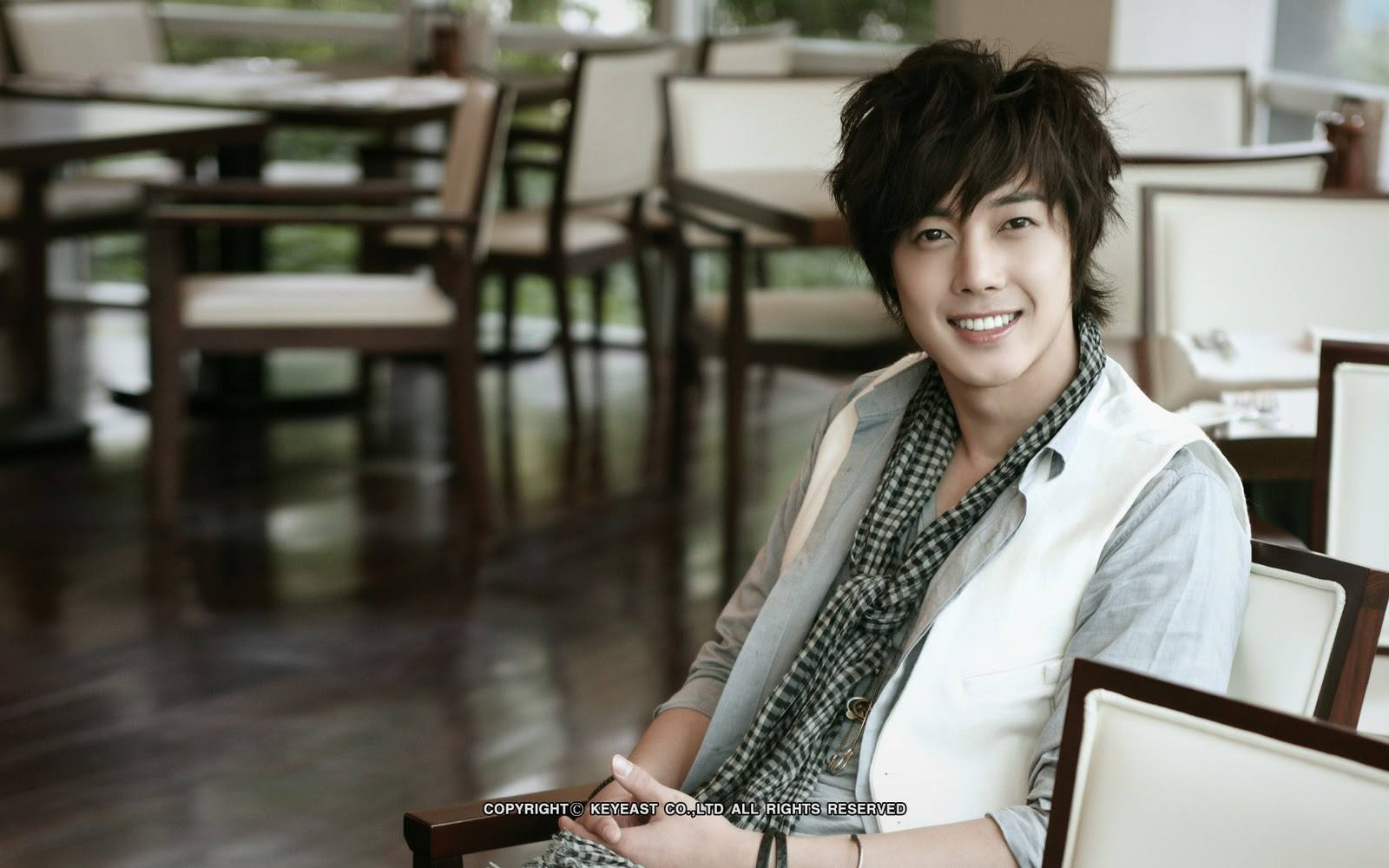 Kim Hyun Joong Shooting for His 2011 Calendar