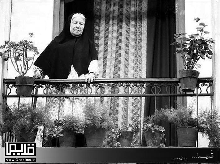 فیلم قدیمی و نوستالژیک مادر علی حاتمی
