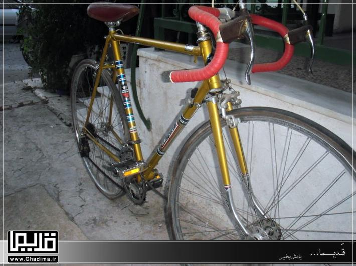دوچرخه کورسی قدیمی