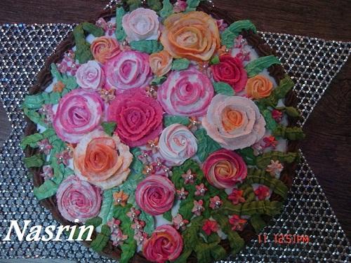 http://s6.picofile.com/file/8188839318/011.jpg