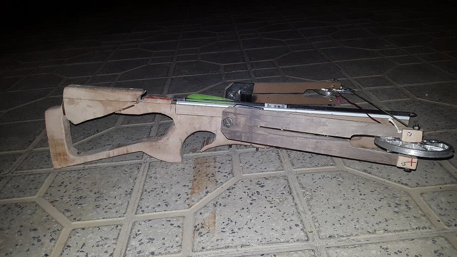 how made homemade (reverse) crossbow ? - Page 3 C_12_