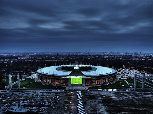 olympiastadion_berlin_at_night.jpg