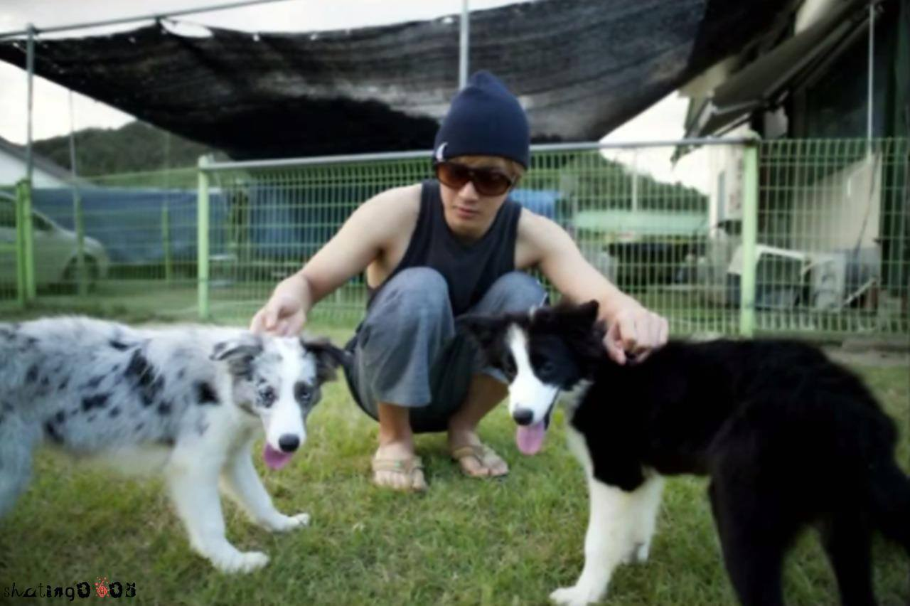Old Photo of KHJ With His Dogs
