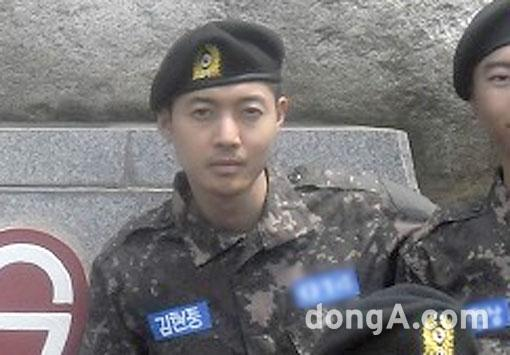[Photo] Kim Hyun Joong - Training Soldiers [15.05.12]