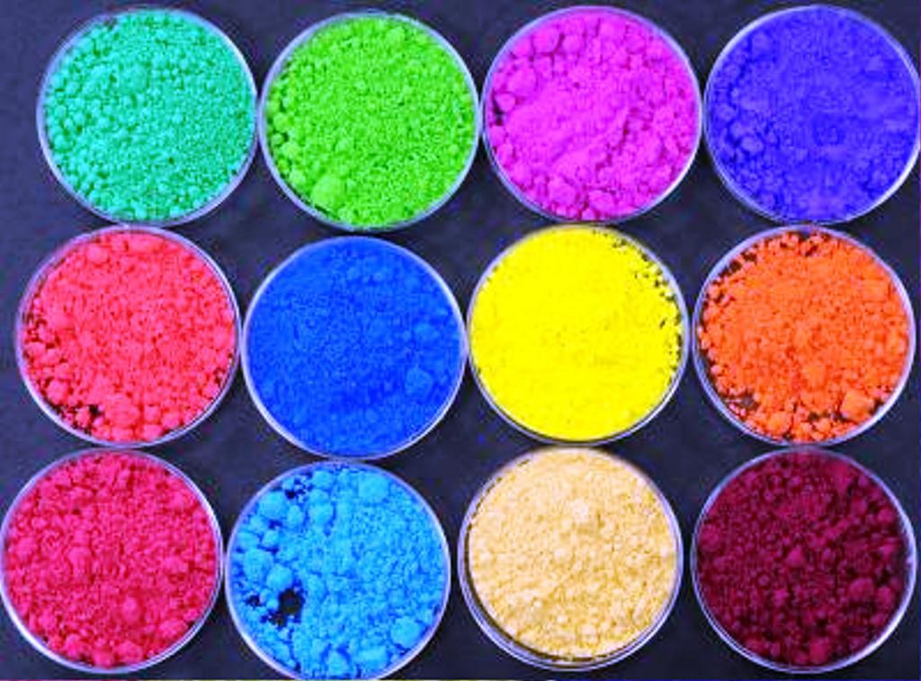 رنگ ، رزین ، روغن  در حفاظت مولکولی چوب و تخته