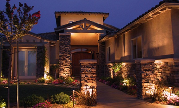 http://s6.picofile.com/file/8192651392/modern_Home_exterior_lighting_ideas.jpg