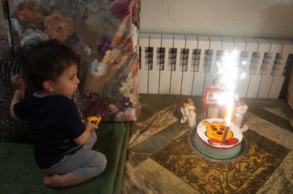 کیان در شب تولدش