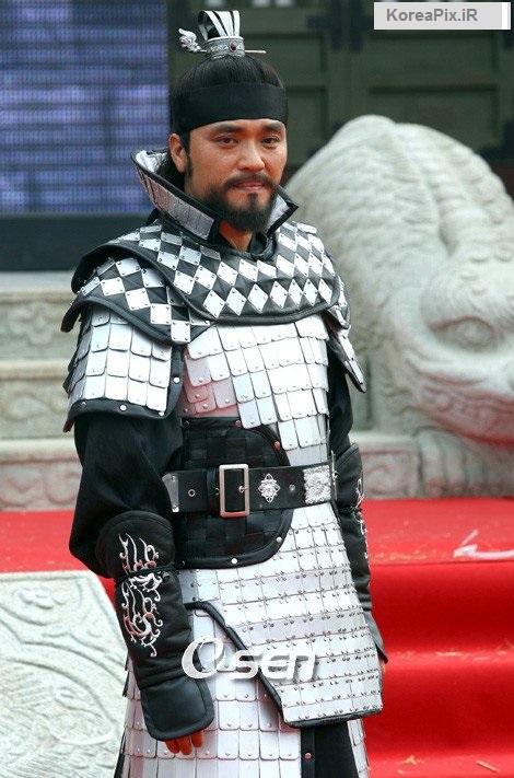 عکس های چوی جونگ هوان بازیگر نقش امپراتور در سرنوشت یک مبارز