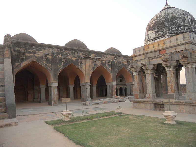 http://s6.picofile.com/file/8196300242/07Wazirabad_mosque.jpg