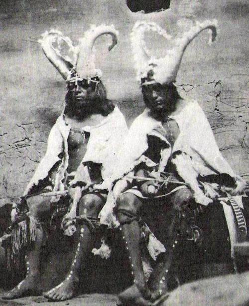 هوپیها ، جادوگران بومی قاره آمريكا