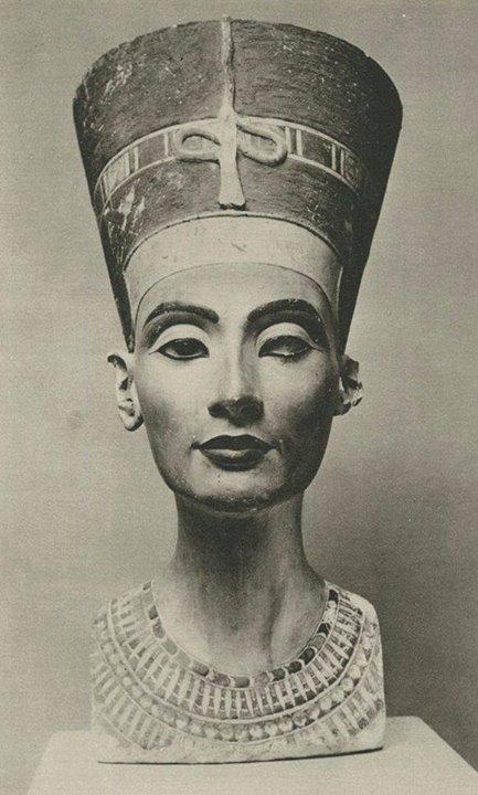 """""""ملكه نفرتیتی"""" همسر فرعون"""