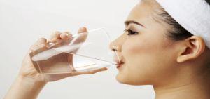 فواید نوشیدن آب در صبح ناشتا , سلامت و پزشکی
