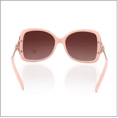خرید اینترنتی عینک زنانه چنل اصل