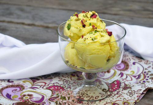 بستنی زعفرانی