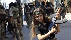 آموزش اعمال خشونت آمیز به کودکان در قلب خلافت داعش
