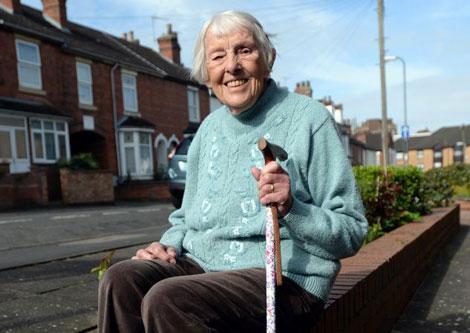 شنوا شدن این خانم در سن 99 سالگی! , جالب وخواندنی