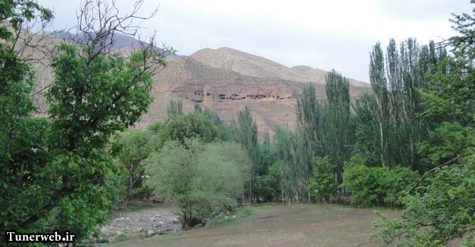تصویری زیبا از کوه باستانی در شهرستان کلات نادر