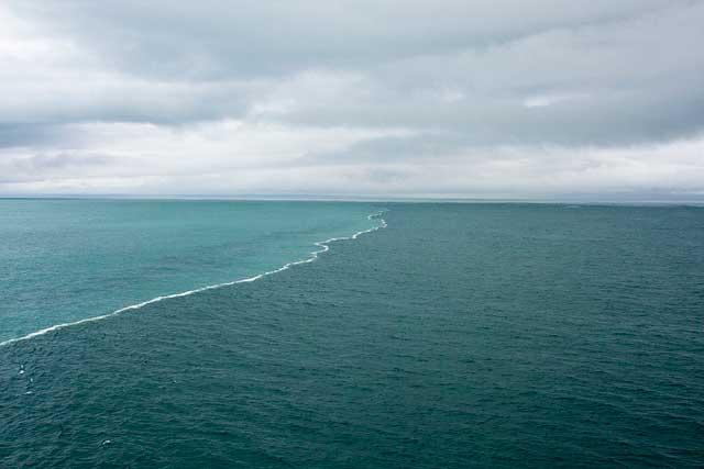 جدایی دریاهای شور و شیرین