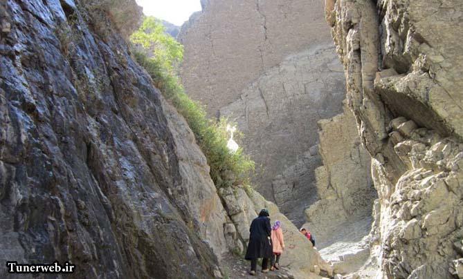 تصاویر زیبا از صخره های قره سو کلات نادر