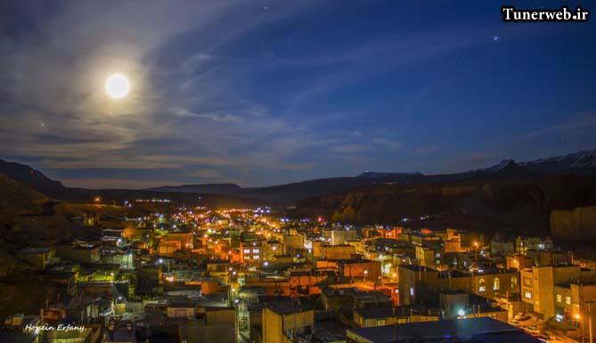 دورنمایی زیبا از شهر کلات نادر در شب