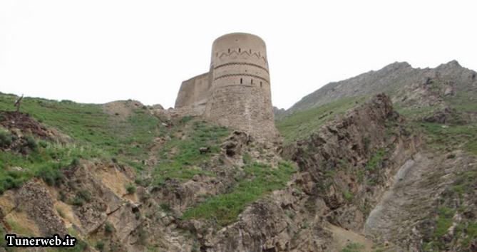 تصویری از برج ارغونشاه در شهرستان کلات نادر