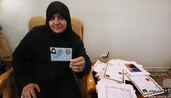 زن ایرانی که راننده تریلی است
