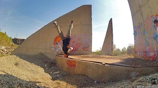 دختر ایرانی که متخصص سقوط است