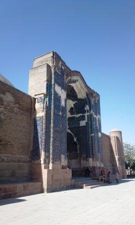 ایوان مسجد کبود