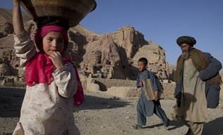 فارین پالیسی می نویسد: آدم ربایی، زمین بیحاصل و توزیع ناقص کمکها، بخشی از  مشکلاتی هزارهها در