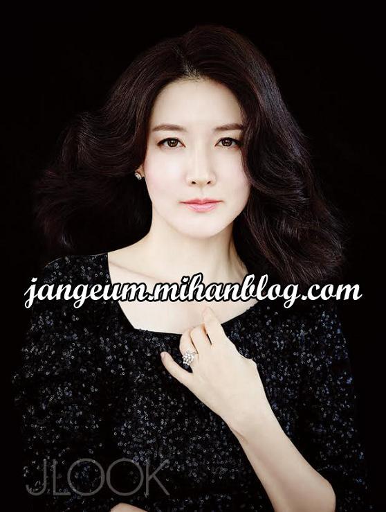 http://s6.picofile.com/file/8209449726/leeyoungae_3_.JPG