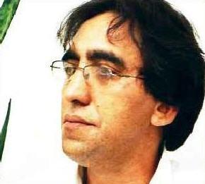 برای زنده یاد علی نجفی