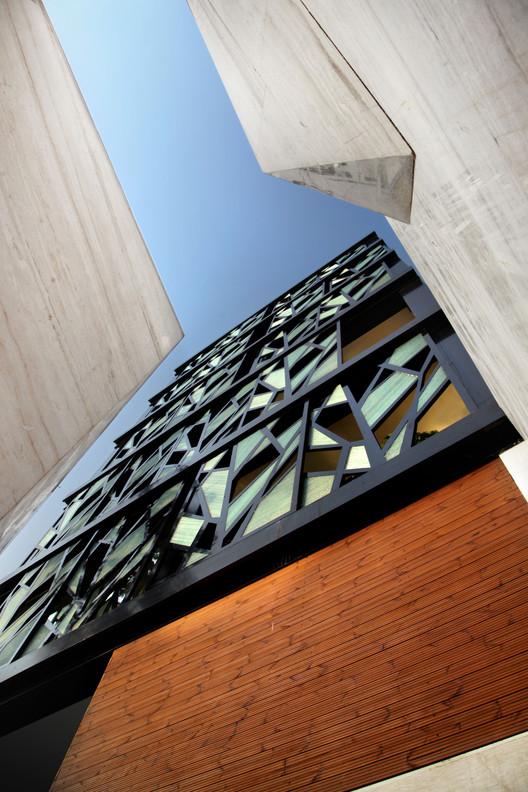 نمونه ای از معماری آپارتمانهای خاص در تهران