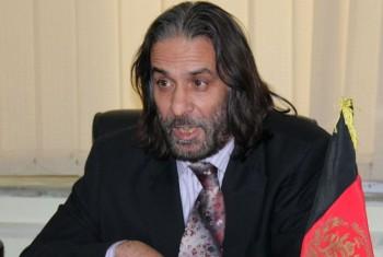 استاد دانشگاه کابل: دول دنیا  براساس قوانین بین المللی وظیفه دارند به مهاجرین اسکان بدهند