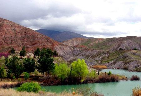 باغرود یکی از معروفترین مراکز گردشگری طبیعی در نیشابور