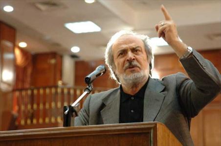 کارگردان ایرج قادری