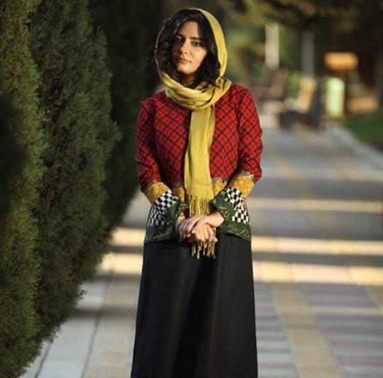 http://s6.picofile.com/file/8214440684/www_bartarpix_ir_linda_kiani_6_.jpg