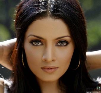 زیبا ترین زن و دختر های دنیا ، جوان ترین و زیبا ترین زن ها با چشک های زیبا