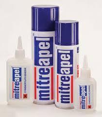 فروش انواع چسب های 123 mitreapel... اسپری آن برای محکم شدن استفاده میشود ، همانطور که از نام این چسب پیداست بعد از زدن اسپری تا 3 شمرده شود محکم شده و غیر قابل کندن خواهد شد .