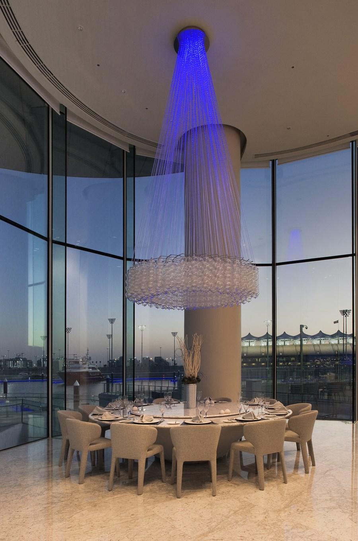 طرح داخل هتل زیبای یاس در ابوظبی