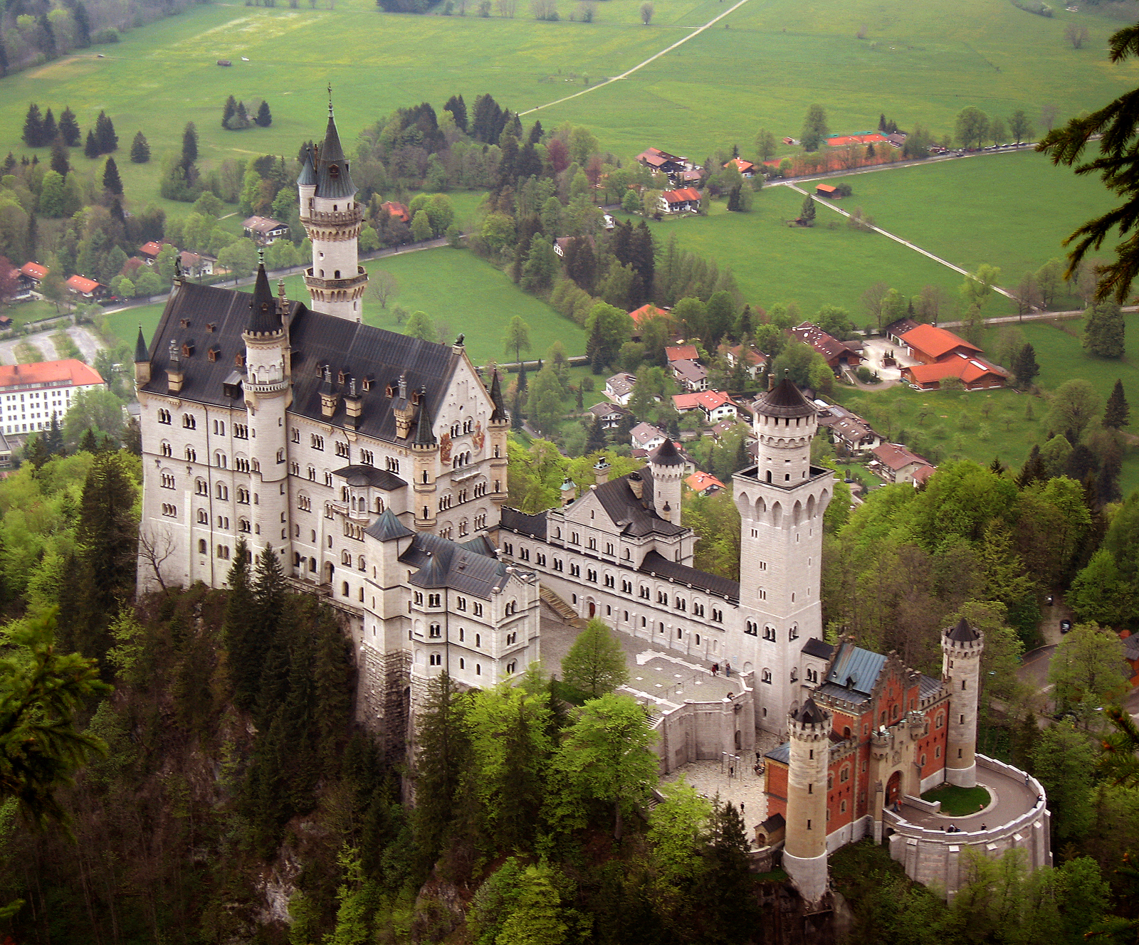 Neuschwanstein Castle Bavaria - daydreamer -خیالباف