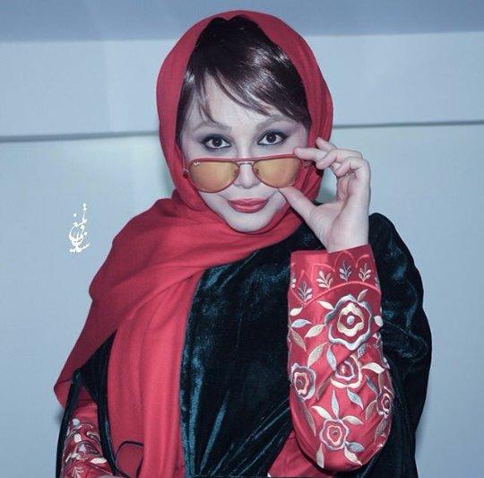 http://s6.picofile.com/file/8221047618/www_bartarpix_ir_behnoosh_bakhtiari.jpg