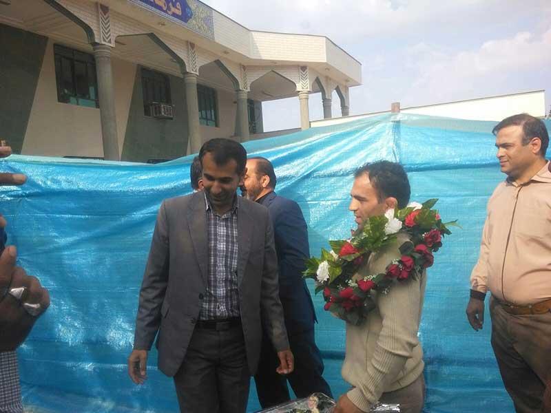 استقبال از پهلوان عبدالرضا رستگار قهرمان کشتی جهان